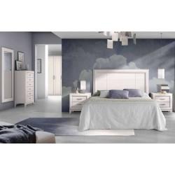 Dormitorio clásico con...